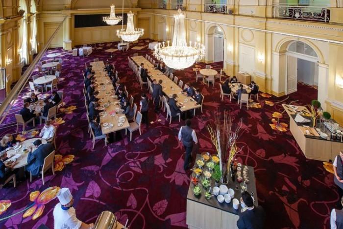 瑞士凱撒里茲飯店管理大學學生餐廳