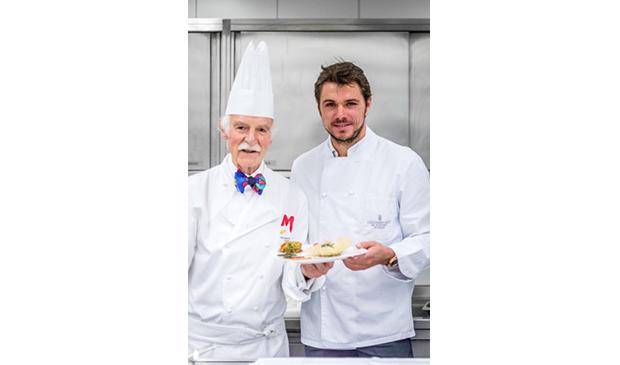 世界知名的英國皇室御用廚師- 安東・莫西曼委託個人收藏予瑞士教育集團1